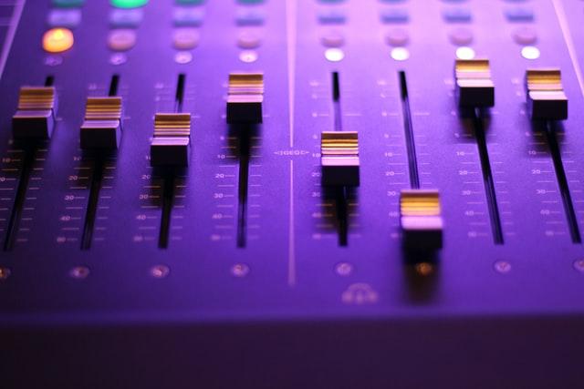 3 tecniche di mixaggio per dare vita alla tua canzone [mini-guida]